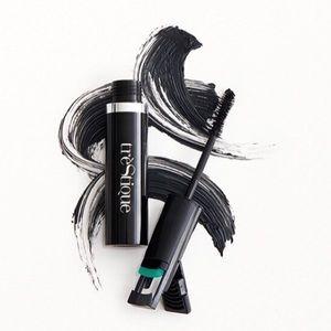 🆕 Trestique Good Vibes Mascara + Lash Curler
